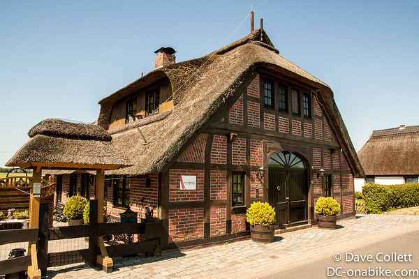 A real thatched roof!
